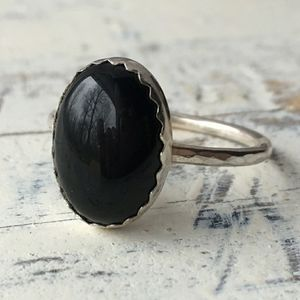 EUC Handmade sterling silver & onyx ring size 9